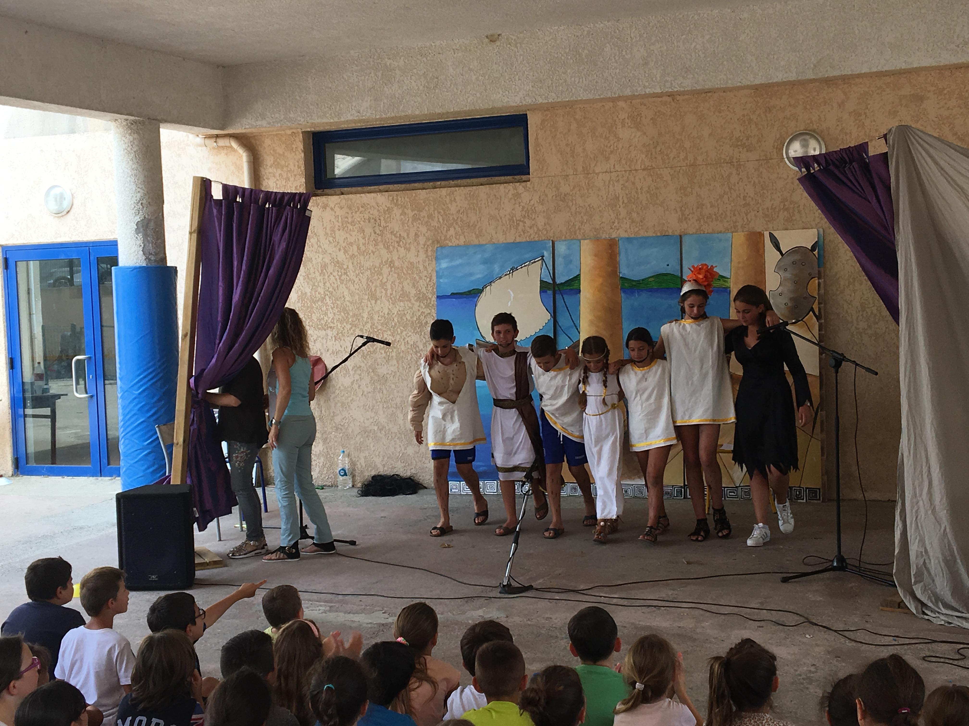 Teatru à a scola Toussaint Massoni